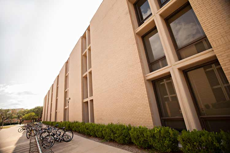 Neeley Hall exterior length wise