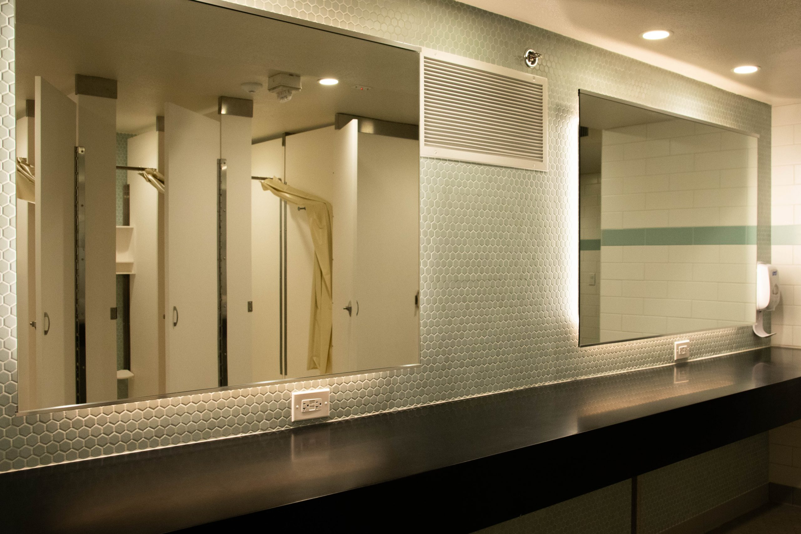 Interior Image of Legett Bathroom Mirrors