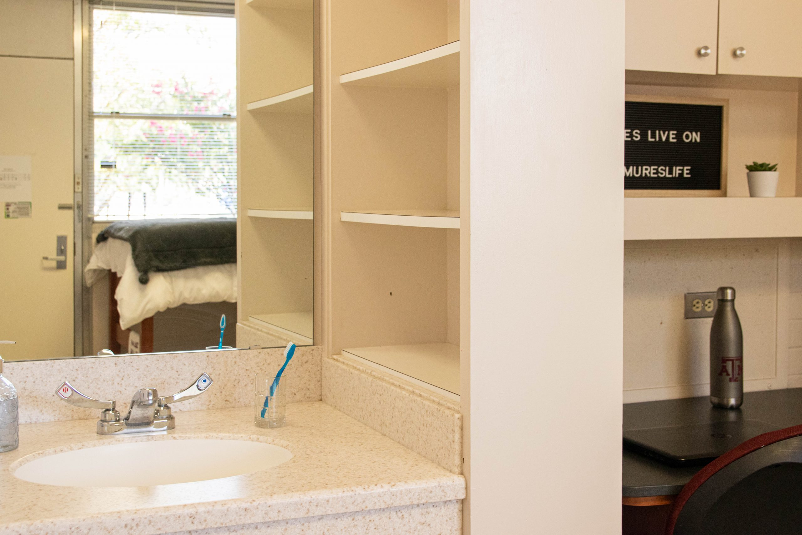Mirror, Sink, and sink cabinet