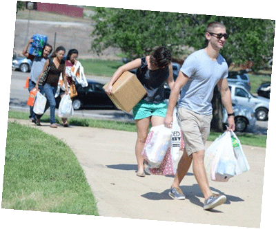 Students moving into their residence halls